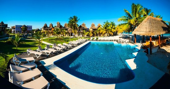‪PavoReal Beach Resort Tulum‬