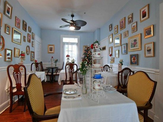 The Londoner Bed & Breakfast: Tea Room