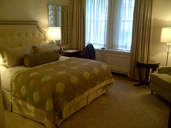 The Pierre, A Taj Hotel, New York:                   Room 837