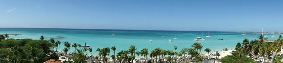 The Westin Resort & Casino, Aruba: Beach view from the room (6th floor - ocean-front room)