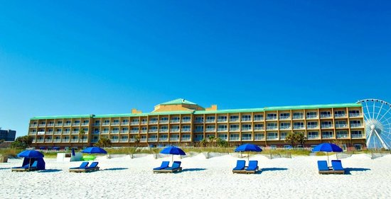 Hampton Inn Pensacola Beach: View of Hotel From Beach