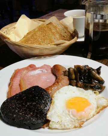 Appleton le Moors, UK: English breakfast for residents