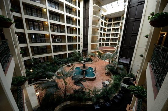 Hotel Picture Of Embassy Suites Hotel Chicago Schaumburg Woodfield Schaumburg Tripadvisor