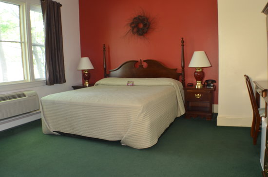 Quimby House Inn: King Room