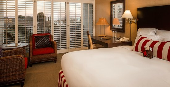 Portola Hotel &amp; Spa at Monterey Bay: Harbor View King