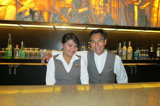 Ορουμπάμπα, Περού: Johanna and Delfur first class employee's