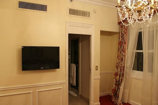 Alvear Palace Hotel:                                     jr suite