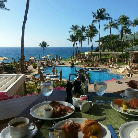 Four Seasons Resort Lana'i at Manele Bay: view from breakfast