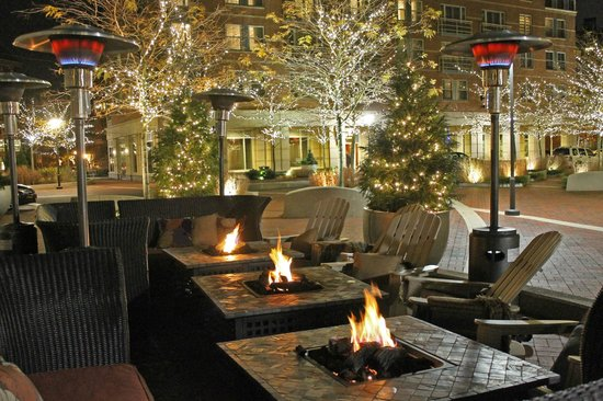 Outdoor Fire Pits In The Winter Picture Of Aragosta Bar