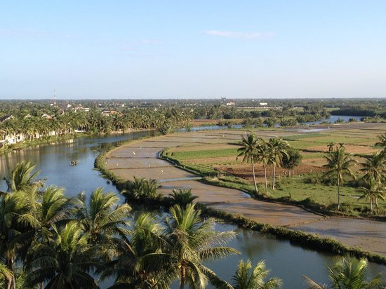 Phuoc An River Hotel:                   View from the roof