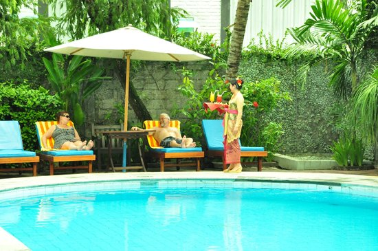 SEMINYAK PARADISO HOTEL: Swimming Pool