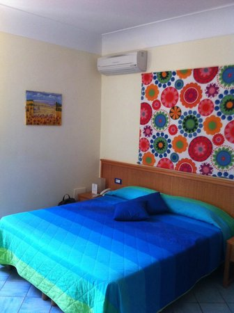 Sharon House:                   Double bed, there was also a twin bed in the room