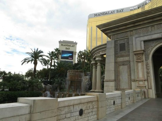 Mandalay Bay Resort & Casino:                   Front area