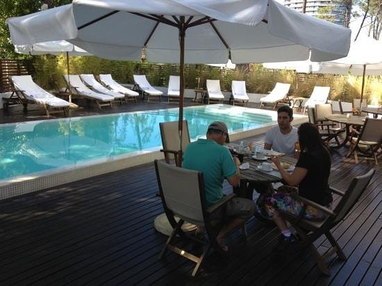 Awa Boutique and Design Hotel:                   piscina