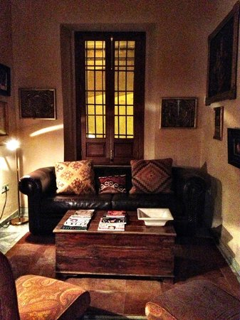 La Casa del Maestro :                   Living room area