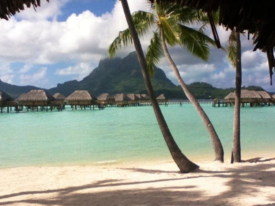 Bora Bora Pearl Beach Resort &amp; Spa:                   Maggio2012