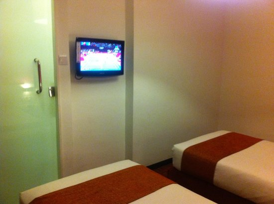 Citin Hotel Masjid Jamek:                                     LCD TV