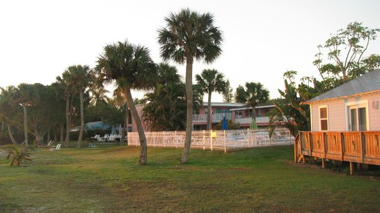 Caribbean Shores Hotel & Cottages:                   Hotel and grounds