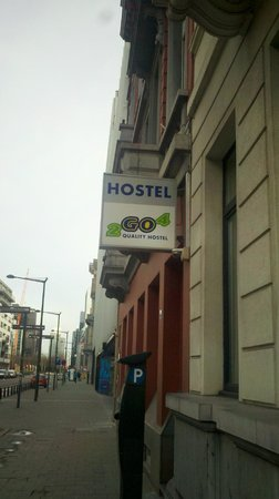 2Go4 Hostel: Hostal Sign