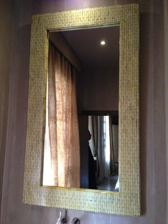 Riad Joya:                   Lovely Mirrors