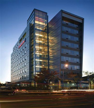 Hampton Inn &amp; Suites Boston Crosstown Center: Hampton Inn Boston Crosstown Center Hotel