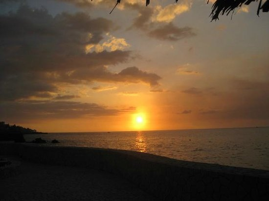 The SPA Retreat Boutique Hotel:                   one of the beautiful sunsets
