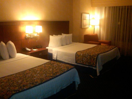 Courtyard by Marriott Newark - University of Delaware:                   Room 236  - beds