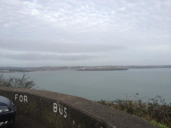 Crosshaven, Irlanda:                   view from Camden fort just up the road from Rivers End.