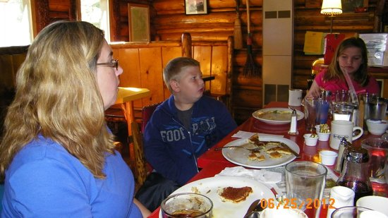 Cooke City&#39;s Elk Horn Lodge:                   Family Dining