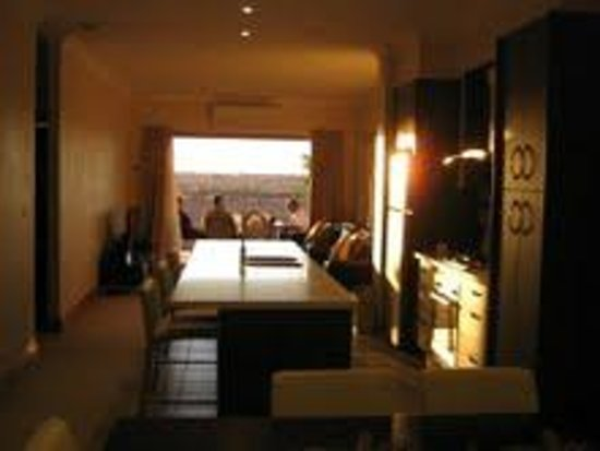 BIG4 Stuart Range Outback Resort: Two bedroom Superior King Room