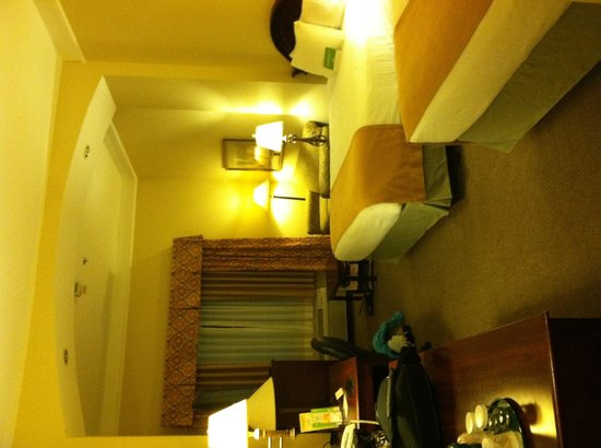La Quinta Inn & Suites Albuquerque Midtown: Nice, spacious rooms