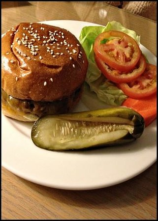 The Grande Colonial La Jolla:                   In-Room Dining / Room Service Order - Cheeseburger