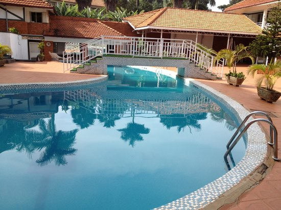 Mosa Court Apartments:                   The beautiful pool