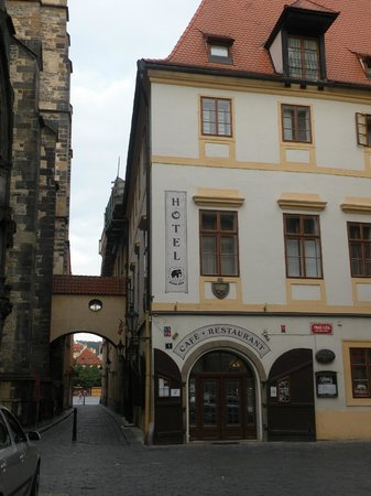 Hotel Cerny Slon (Black Elephant):                   Located just behind the magnificent walls of Tyn Church