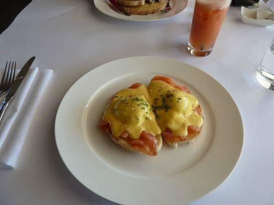 Broke, Australia:                   Perfect Eggs Benedict