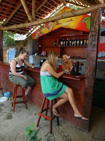 Latina Hostal: El bar