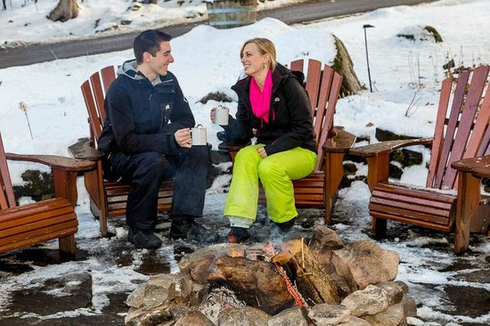 Sherwood Inn: Hot chocolate by the fire