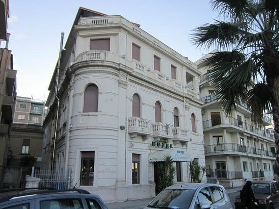 Photo of Hotel Lungomare Reggio di Calabria