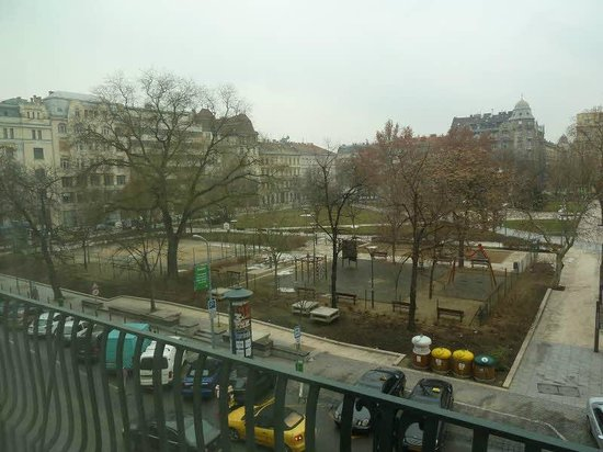 Elizabeth Park Hotel, Budapest, a Ritz-Carlton Partner Hotel: View from the room
