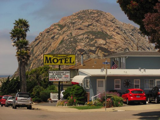"Pleasant Inn Motel: Our ""Cozy Pleasant Inn"" overlooking the ROCK!"
