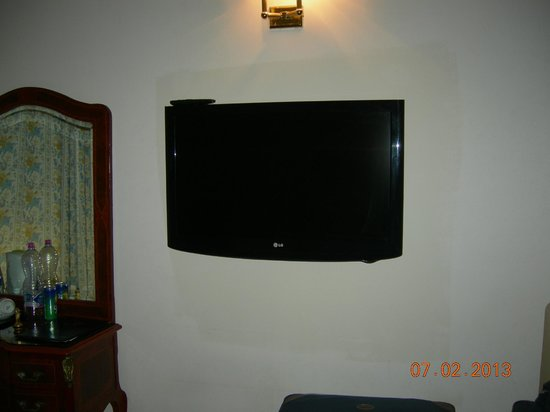 Hotel Sant Angelo:                   LCD TV