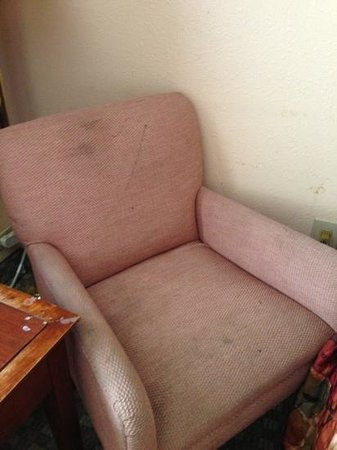 Americas Best Value Inn and Suites Stockbridge/Atlanta:                                                       more stained chairs