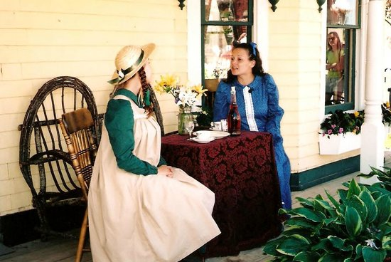 Cavendish, Canada: Anne and Diana having a lovely taste of raspberry cordial.