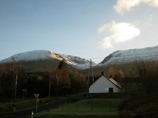 Bridge of Orchy Hotel:                   view from our room