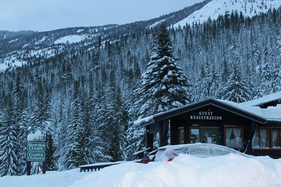 Crystal Mountain Lodging Suites:                   Silver Ski Chalet
