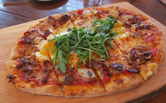 Bernardston, MA: Breakfast pizza with bacon, potatoes, egg and arugula