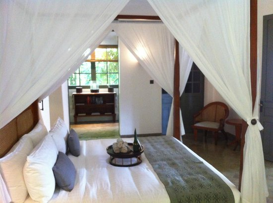  : the bedroom in the Amantaka suite