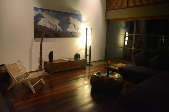 Luwak Ubud Villas:                   common living room