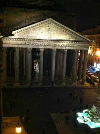 Albergo del Sole Al Pantheon:                   View From Our Room