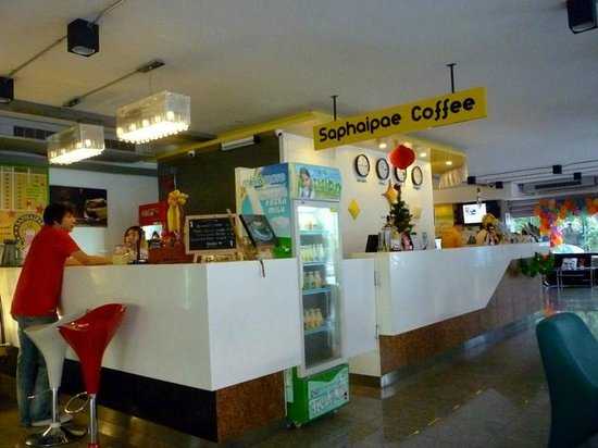 Saphaipae Hostel:                   Coffee Shop